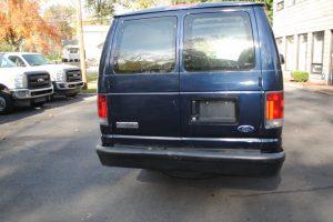 2006-FORD-E350-EXT-CARGO-VAN-XL-005-1024x685