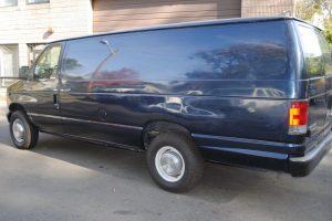 2006-FORD-E350-EXT-CARGO-VAN-XL-007-1024x685