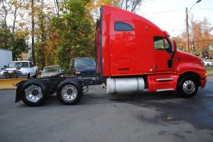 2007KENWORTH-T200-RED-TRACTOR-003
