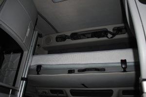 2007 VOLVO 780 WHITE 013