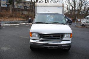 2007 ford e350 super duty 10 ft box truck 002