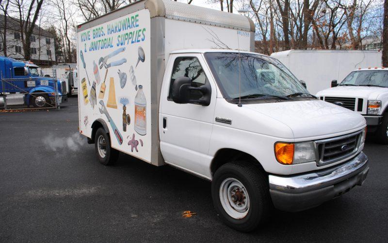 2007 ford e350 super duty 10 ft box truck 003