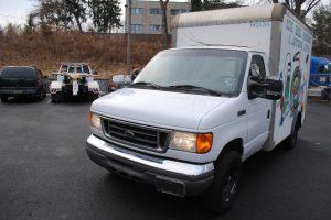 2007 ford e350 super duty 10 ft box truck 012