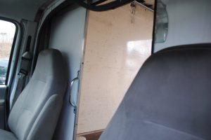 2007 ford e350 super duty 10 ft box truck 014