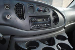 2007 ford e350 super duty 10 ft box truck 018