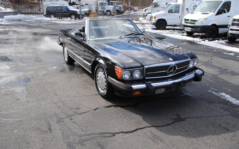 1989 MERCEDES BENZ 560 SL BLACK 001