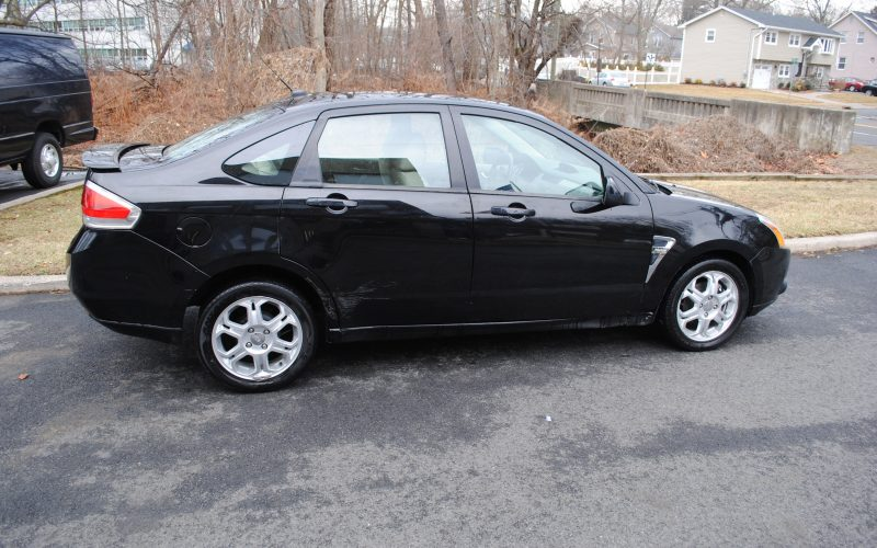 2008 FORD FOCUS SES BLACK 018