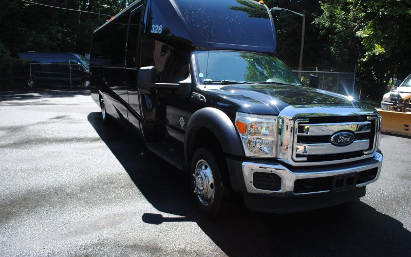 2014 FORD F550 GRECH 33 SHUTTLE BUS 010