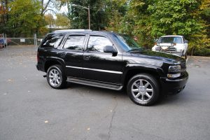 2005 CHEVY TAHOE Z71 BLACK BLACL 2 002
