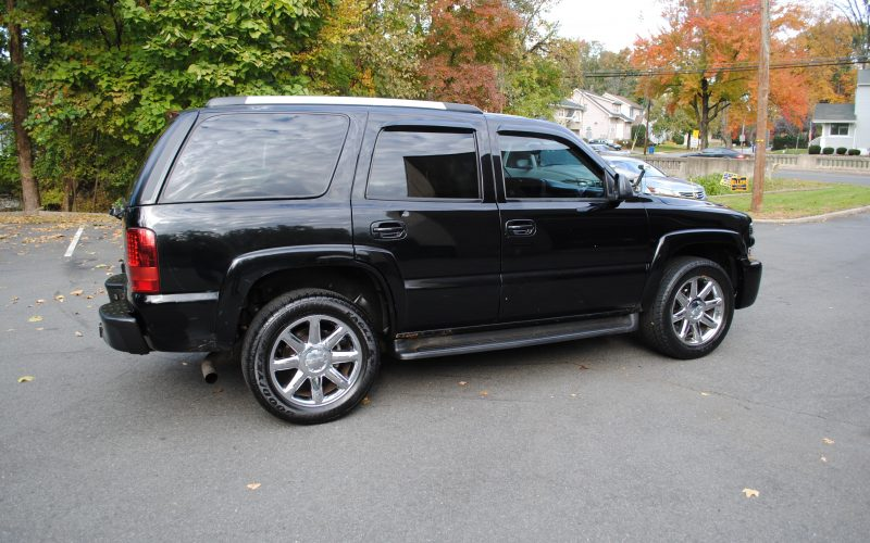 2005 CHEVY TAHOE Z71 BLACK BLACL 2 003