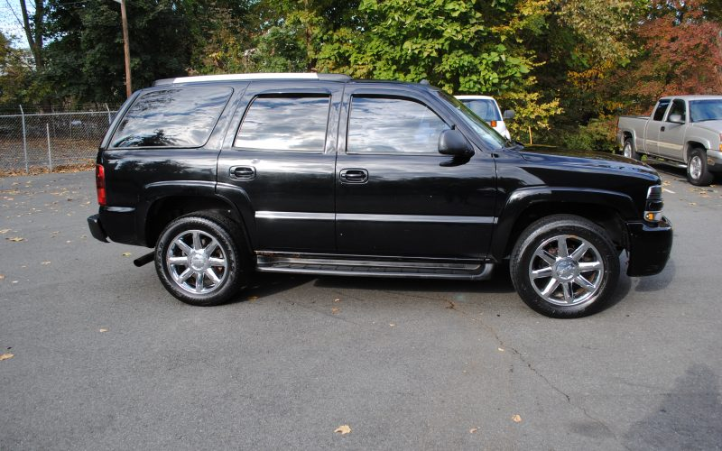 2005 CHEVY TAHOE Z71 BLACK BLACL 2 004