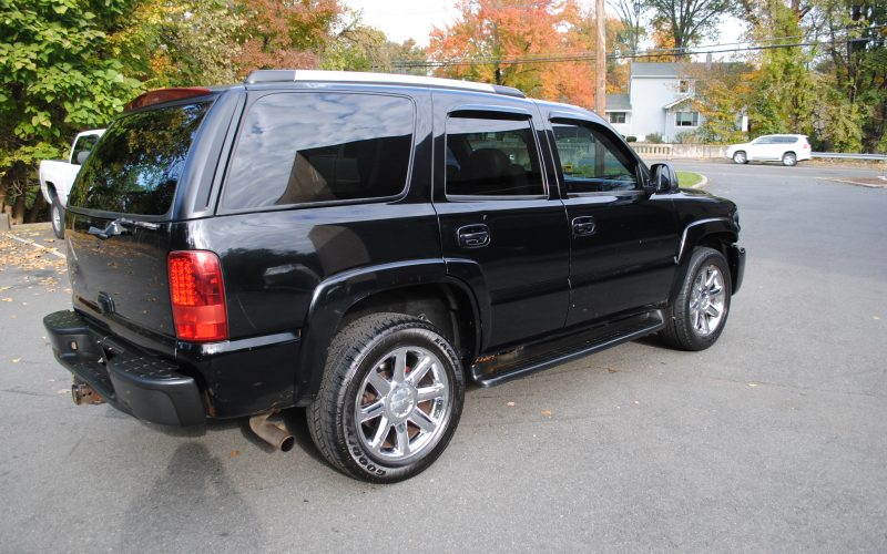 2005 CHEVY TAHOE Z71 BLACK BLACL 2 005