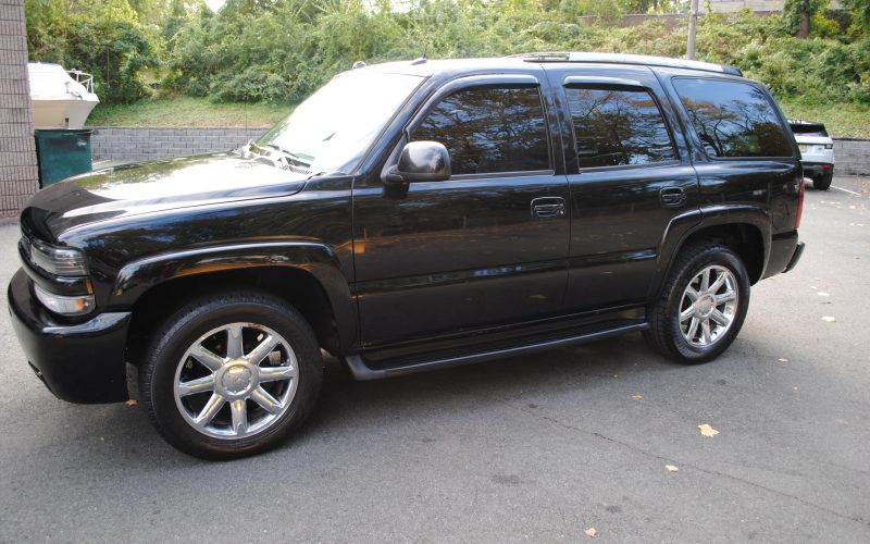 2005 CHEVY TAHOE Z71 BLACK BLACL 2 008