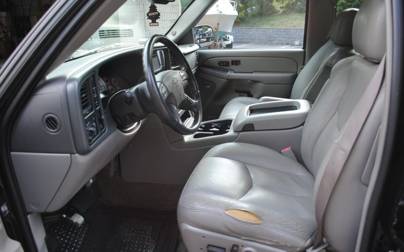 2005 CHEVY TAHOE Z71 BLACK BLACL 2 011