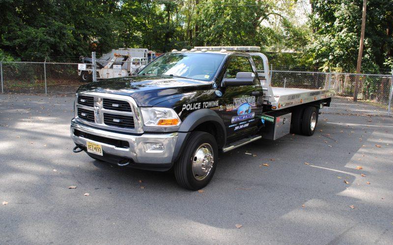 2012 DODGE RAM 5500 FLATBED 002