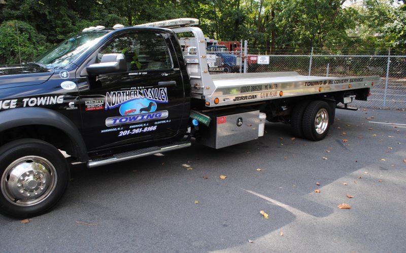 2012 DODGE RAM 5500 FLATBED 010