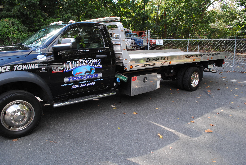 2012 Dodge Ram 5500 Flatbed 010 Cinemacar