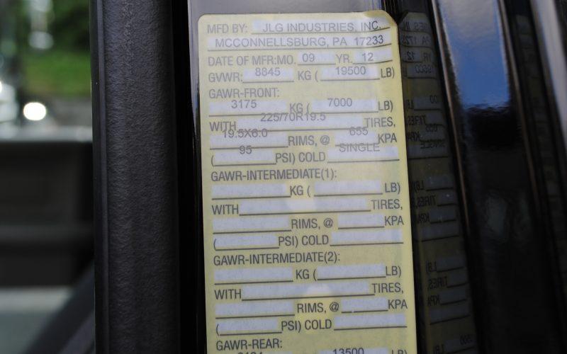 2012 DODGE RAM 5500 FLATBED 013