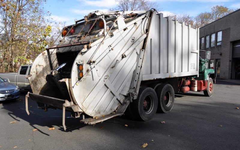 1993 MACK DM 690 25 YARD GARBAGE TRUCK 004