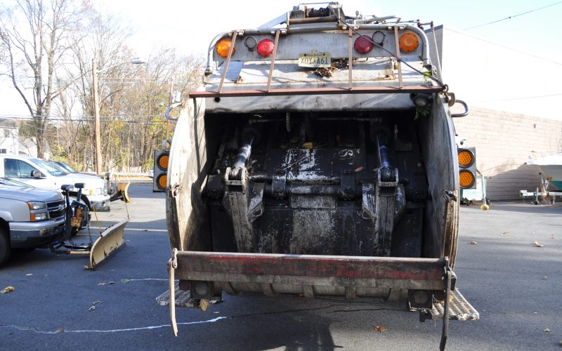 1993 MACK DM 690 25 YARD GARBAGE TRUCK 005