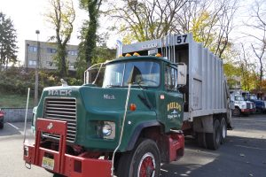 1993 MACK DM 690 25 YARD GARBAGE TRUCK 008