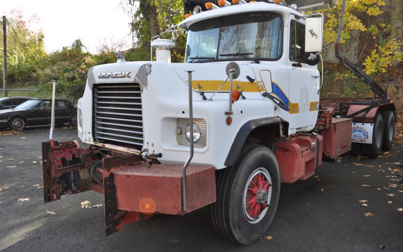 1997 MACK 600 ROLL OFF 006