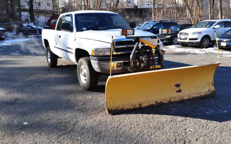 2000 dodge ram 1500 4x4 plow 001