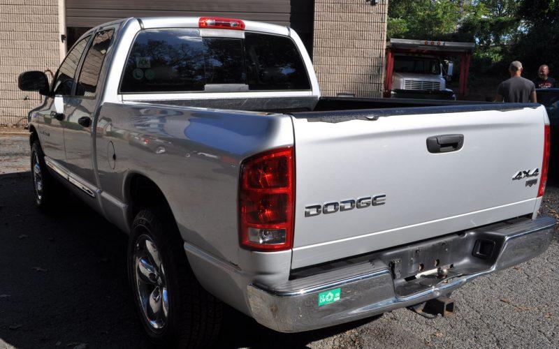 2004 DODGE CREW CAB 4X4 HEMI 007