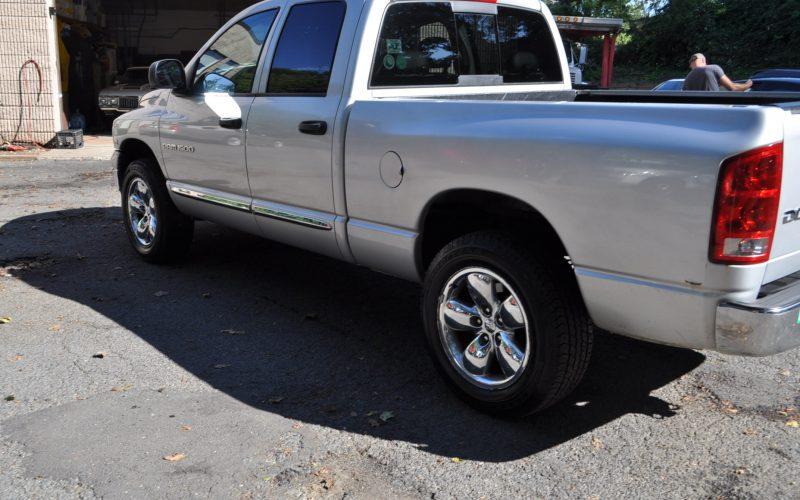 2004 DODGE CREW CAB 4X4 HEMI 008