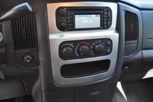 2004 DODGE CREW CAB 4X4 HEMI 018