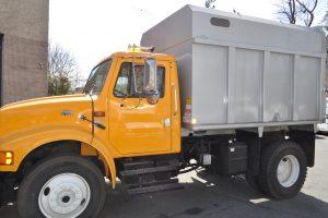 1998 international 4700 plow and dump 008