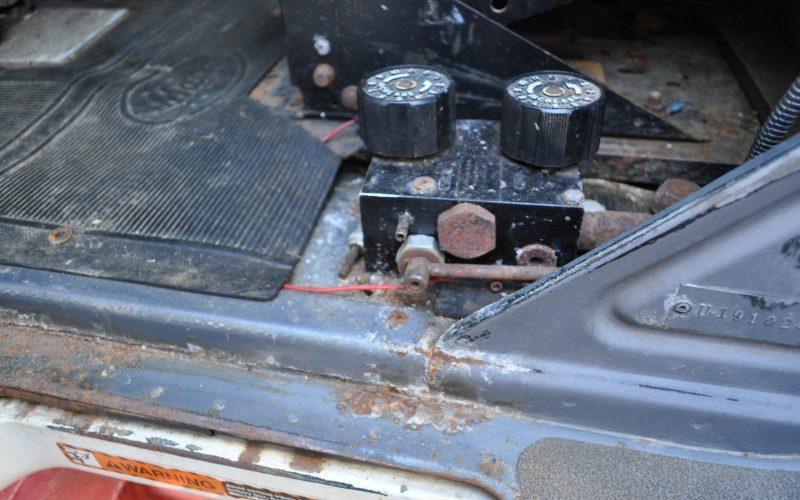 1997 MACK 600 ROLL OFF 016