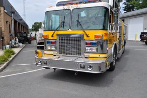 2007 triple d fire pumper truck 002