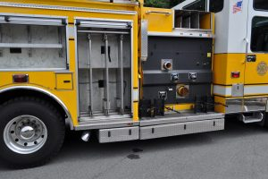 2007 triple d fire pumper truck 016