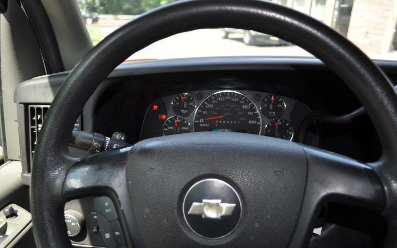 2008 CHEVY 2500 EXPRESS VAN 014