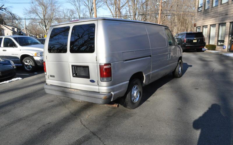 2003 FORD E 150 CARGO VAN 003